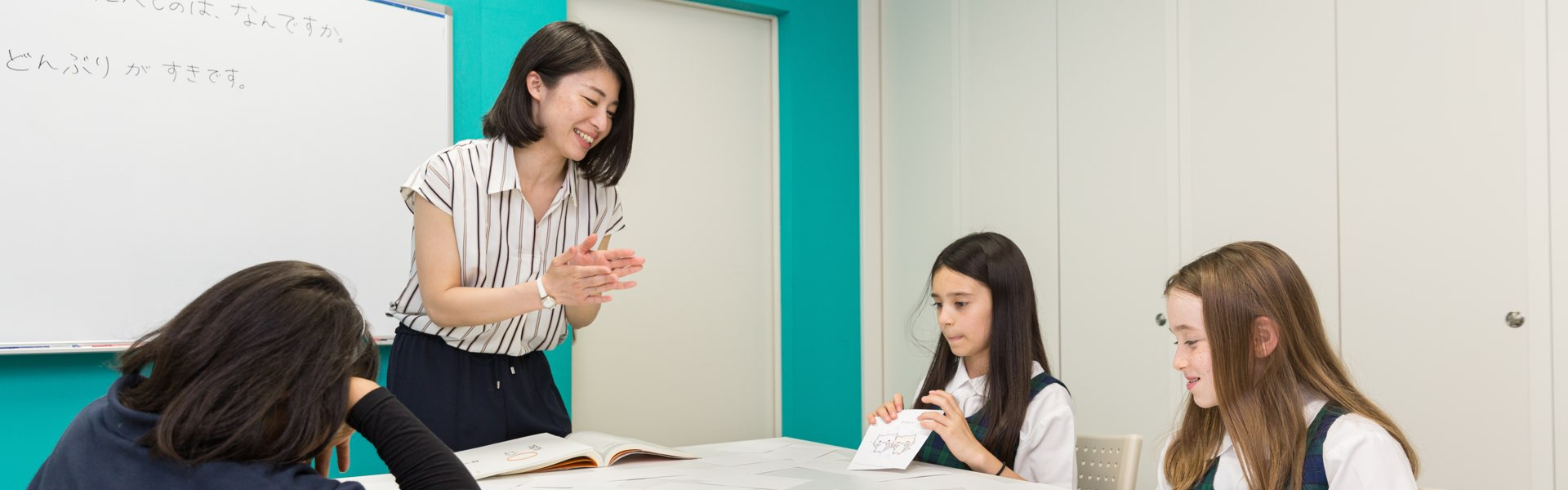 anna-tanaka-田中-杏奈-teacher-teaching-japanese-to-kids